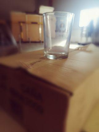 Caja de 12 vasos de caña