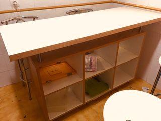 Mesa bar con almacenaje + 4 sillas tipo bar