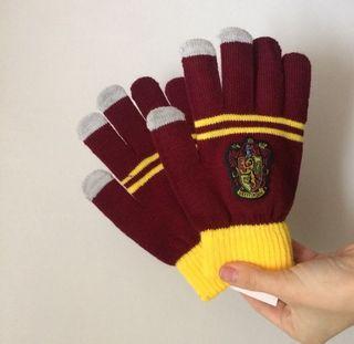 Nuevos guantes Gryffindor Harry Potter Hogwarts