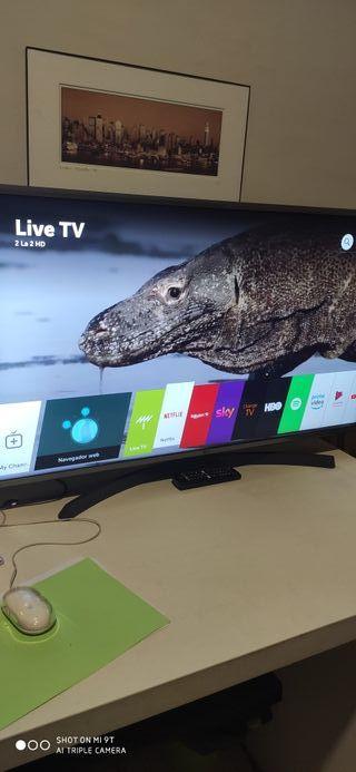 """LG 43"""" smart TV nuevo"""