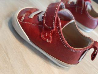 zapato feroz. Talla M
