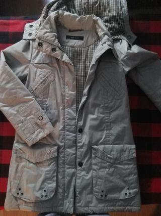Abrigo Beige Zara con capucha