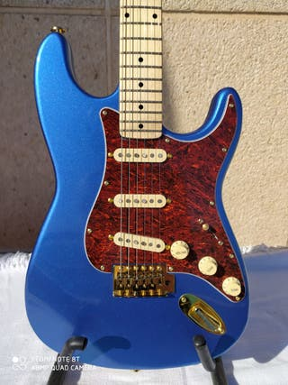 Guitarra ST Metalic Blue