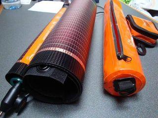 Cargador solar flexible