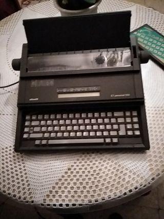 maquina de escribir electrica olivetti et 550