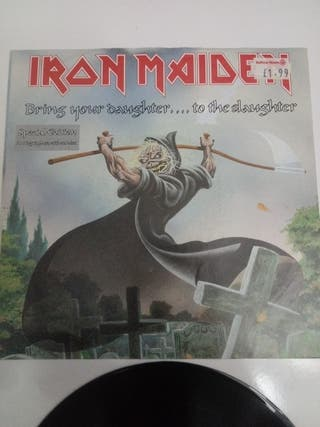 Iron Maiden  Bring Your Daughter... To The Slaug