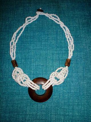 collar artesanal estilo hippie afro