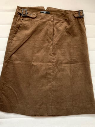 Falda midi de pana