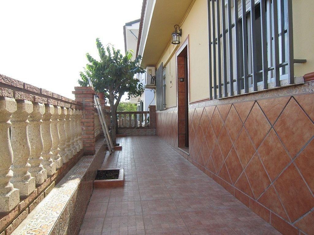 Casa en alquiler en Pinos de Alhaurín - Periferia en Alhaurín de la Torre (El Romeral, Málaga)