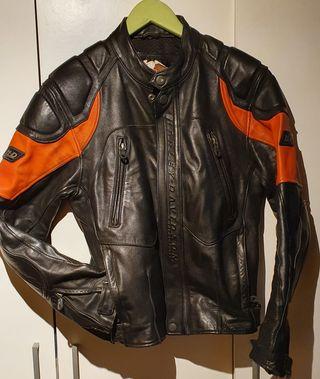 Cazadora cuero para moto Harley Davidson. Talla M