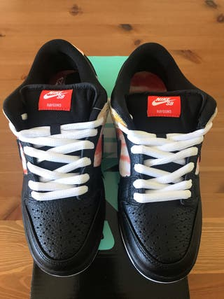 "Nike Sb Dunk Low ""Rayguns"" Size 7 Us (40)"