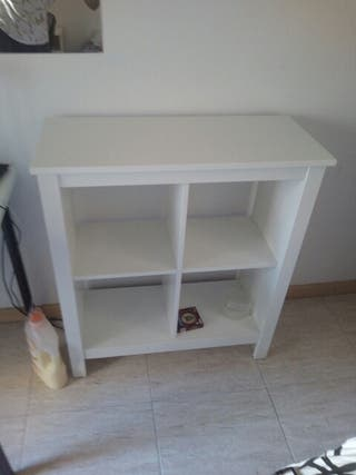 Mueble cómoda IKEA