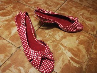 zapatos de tacon tipo pin-up talla 39