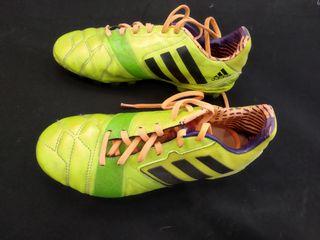 Botas de fútbol Adidas número 36