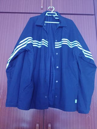 chaqueta adidas sample