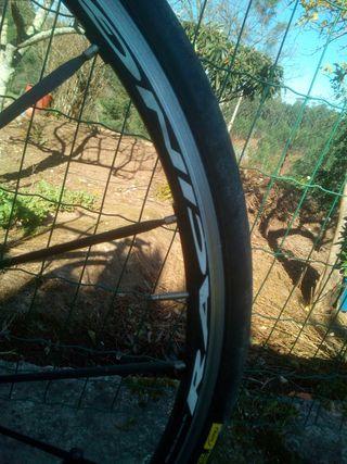 Bici carretera de carbono talla M.