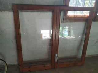 conjunto de dos puertas de ventanas