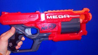 pistola Nerf con cañón rotatorio