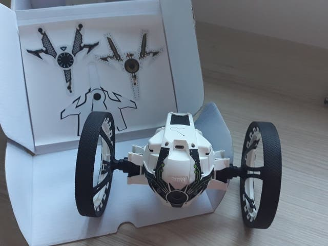 DRON JUMPING SUMO