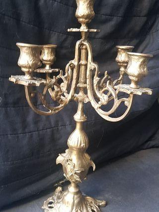 2 Candelabros antiguos ( vintage) bronce 5 brazos