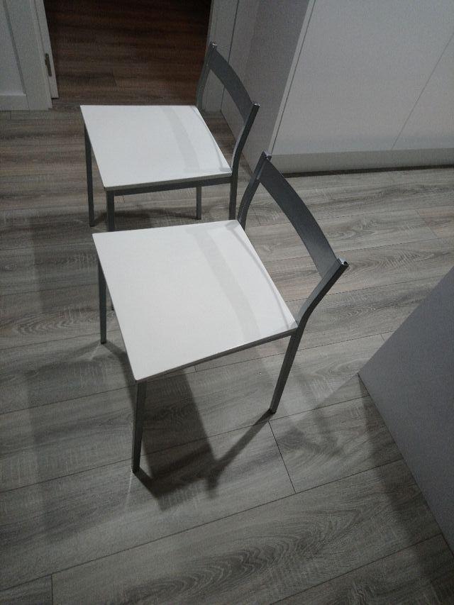 2 sillas para mesa pequeña de cocina