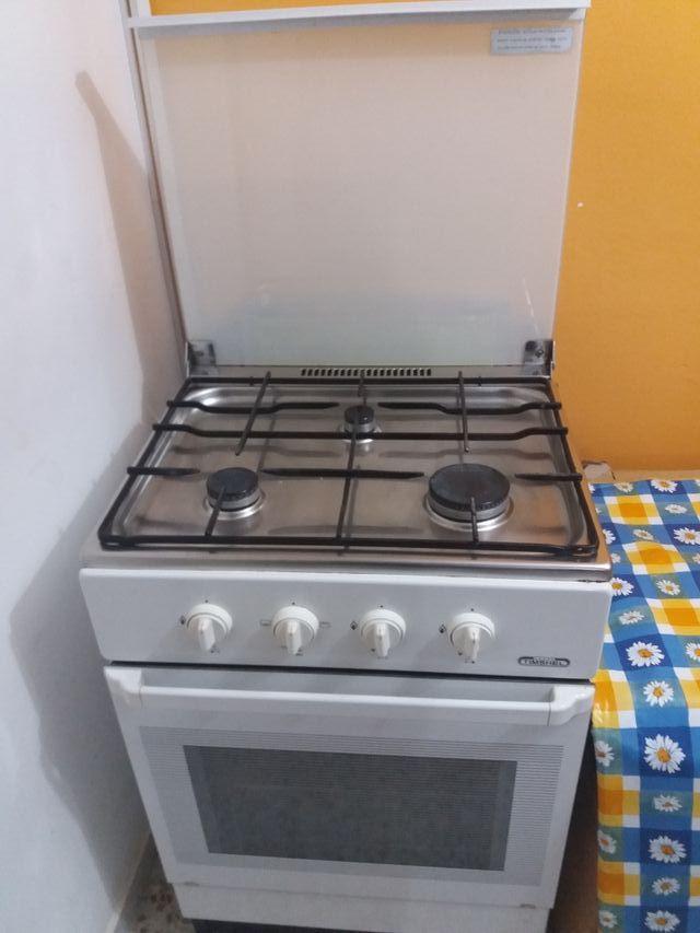 Cocina con horno de gas butano o de segunda mano por 90 ...