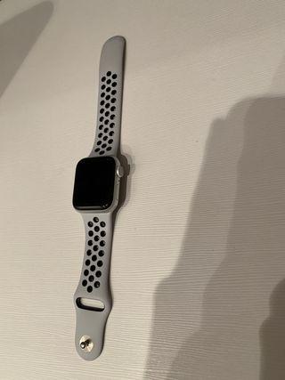 Apple wacht serie 5 Nike
