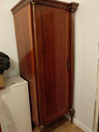 armario ropero antiguo