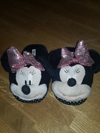 Zapatillas estar por casa disney