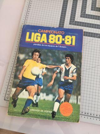 2 álbumes fútbol liga 79-80 y 80-81.