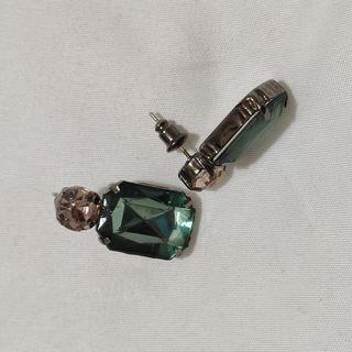 pendientes verde esmeralda de cristal