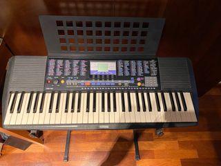 Teclado de Piano Yamaha PSR-190 con soporte!