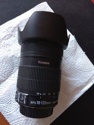 Objetivo Canon EF-S 18-135mm f/3.5-5.6 IS STM -