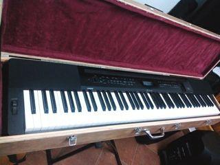Piano eléctrico Casio Privia PX-350BK