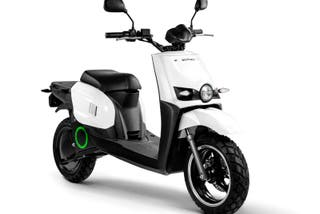 Scooter electrica Scutum s 02