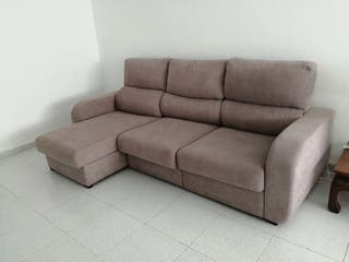 Sofá de tres plazas amplio