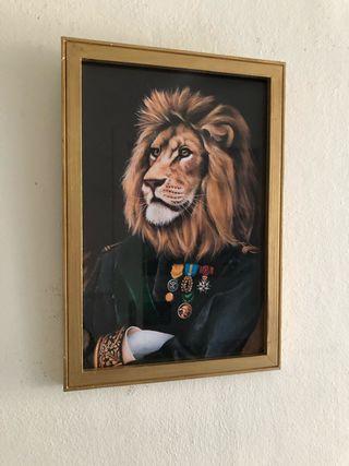 Cuadro dorado león 22 x 32