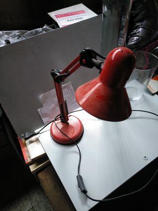 lámparas de mesa y flexos
