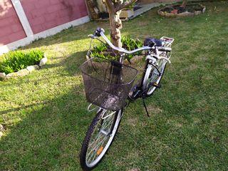 se vende bicicleta de paseo Conor