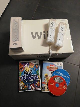 Nintendo Wii en su caja como nueva