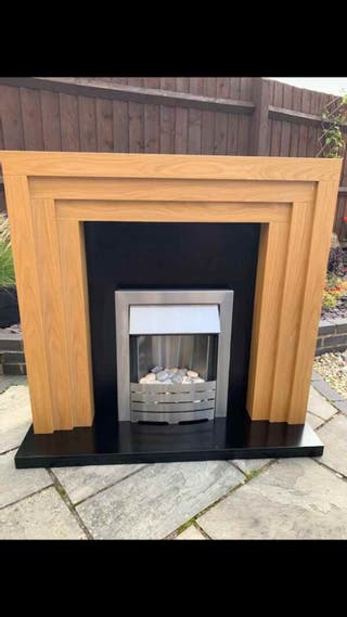 Electric fireplace great condition£85