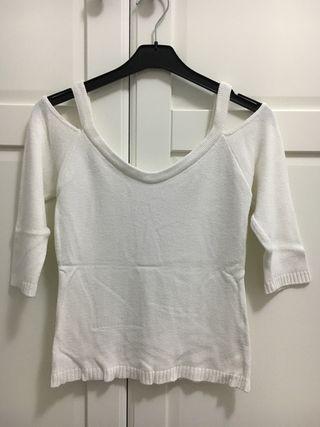 Camiseta de 3/4 con los hombros descubiertos