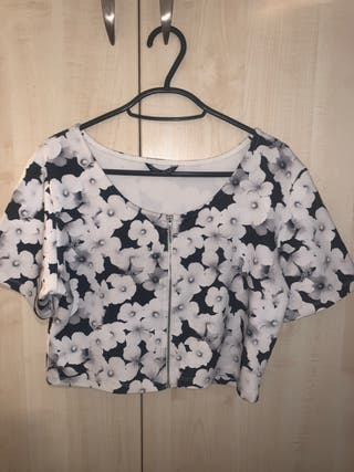 Zip up crop!