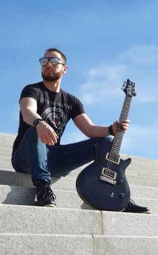 Clases de guitarra eléctrica 100% personalizadas