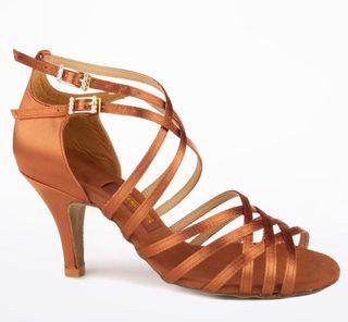 Zapatos de baile latino NUEVOS (T. 36)