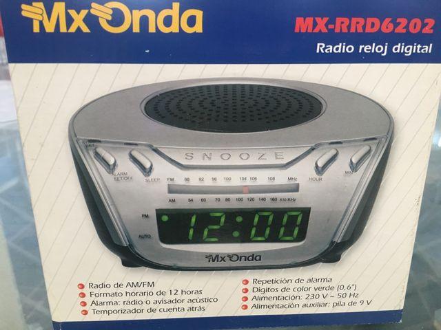 Radio alarma despertador. MX ONDA