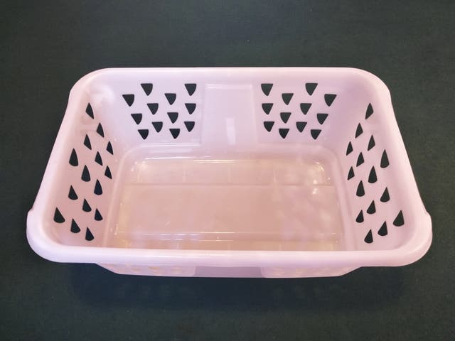 2 baskets laundry for £10