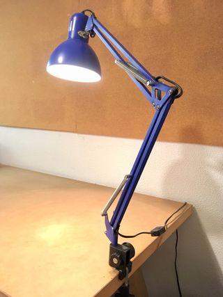 Lámpara flexo de Ikea