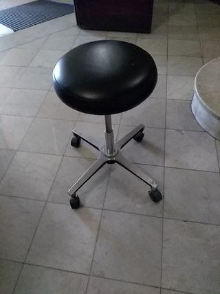 Taburete Giratorio con ruedas