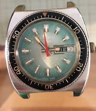 Duward Aquastar año 70 ( automático).-